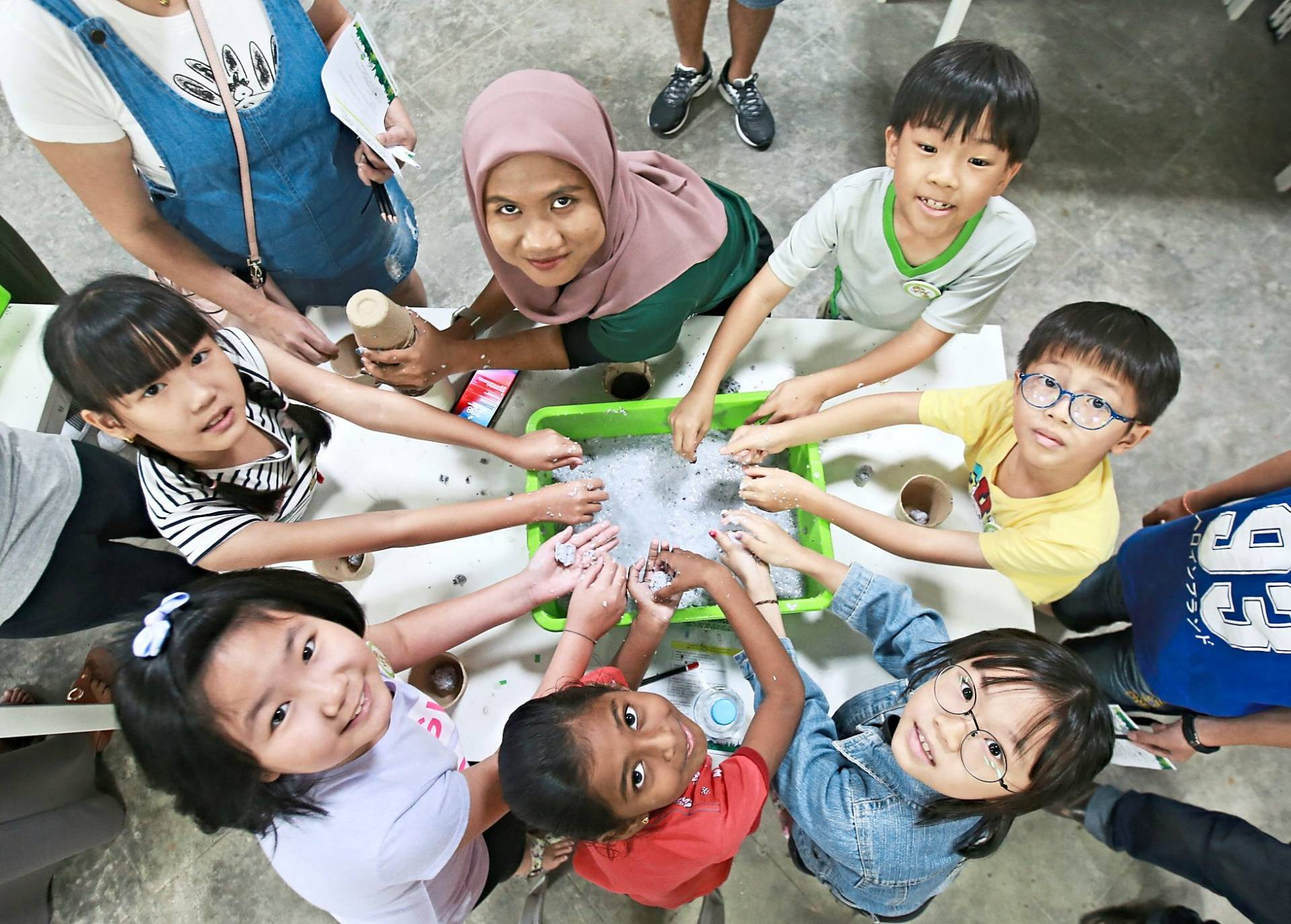 Children expressing their talents as aspiring Gamuda Park rangers who explore things related to biodiversity.