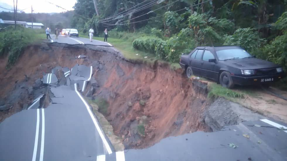 Key road in rural Kiulu collapses after heavy rains