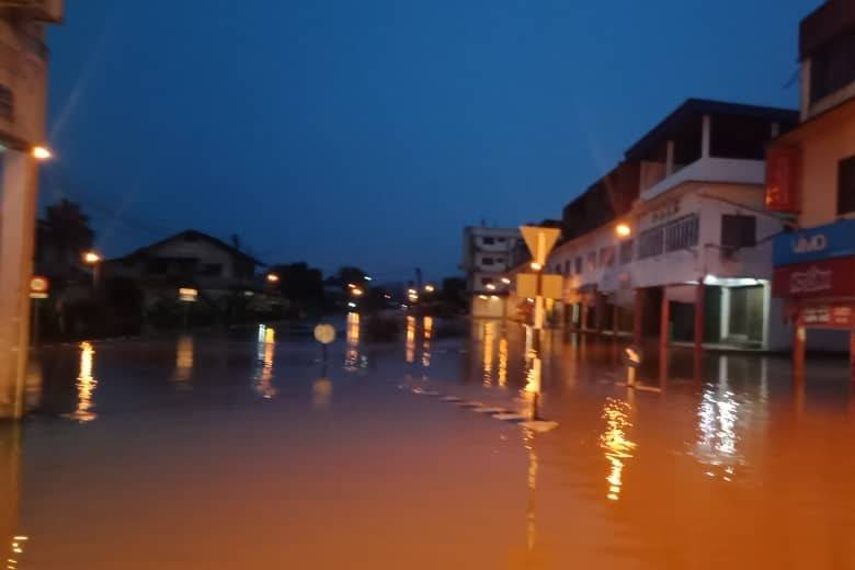 The flooded streets of Marudi on Dec 12, 2019. – picture courtesy of Sarawak Bomba