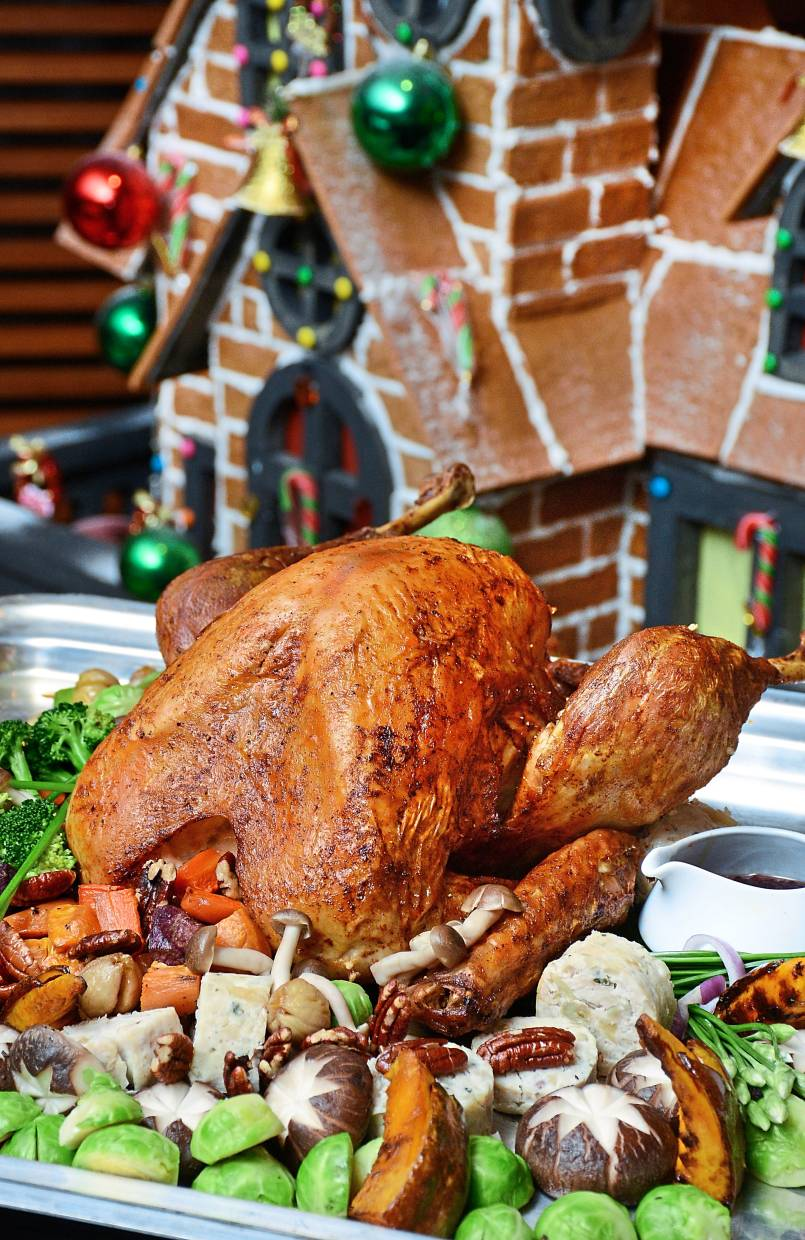 Rasa Sayang Resort and Spa's Feringgi Grill offers Christmas Turkey with accompaniments for takeaways.