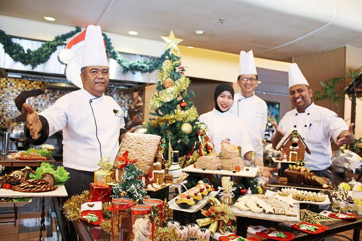 The array of sweet treats on offer at Royale Chulan Seremban this Christmas will  satisfy your sugar cravings.