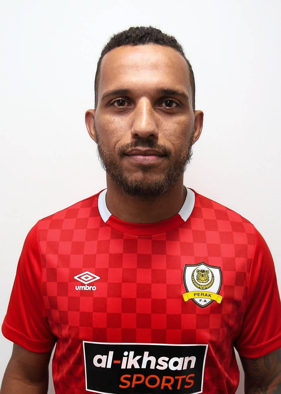 Leandro Dos Santos.