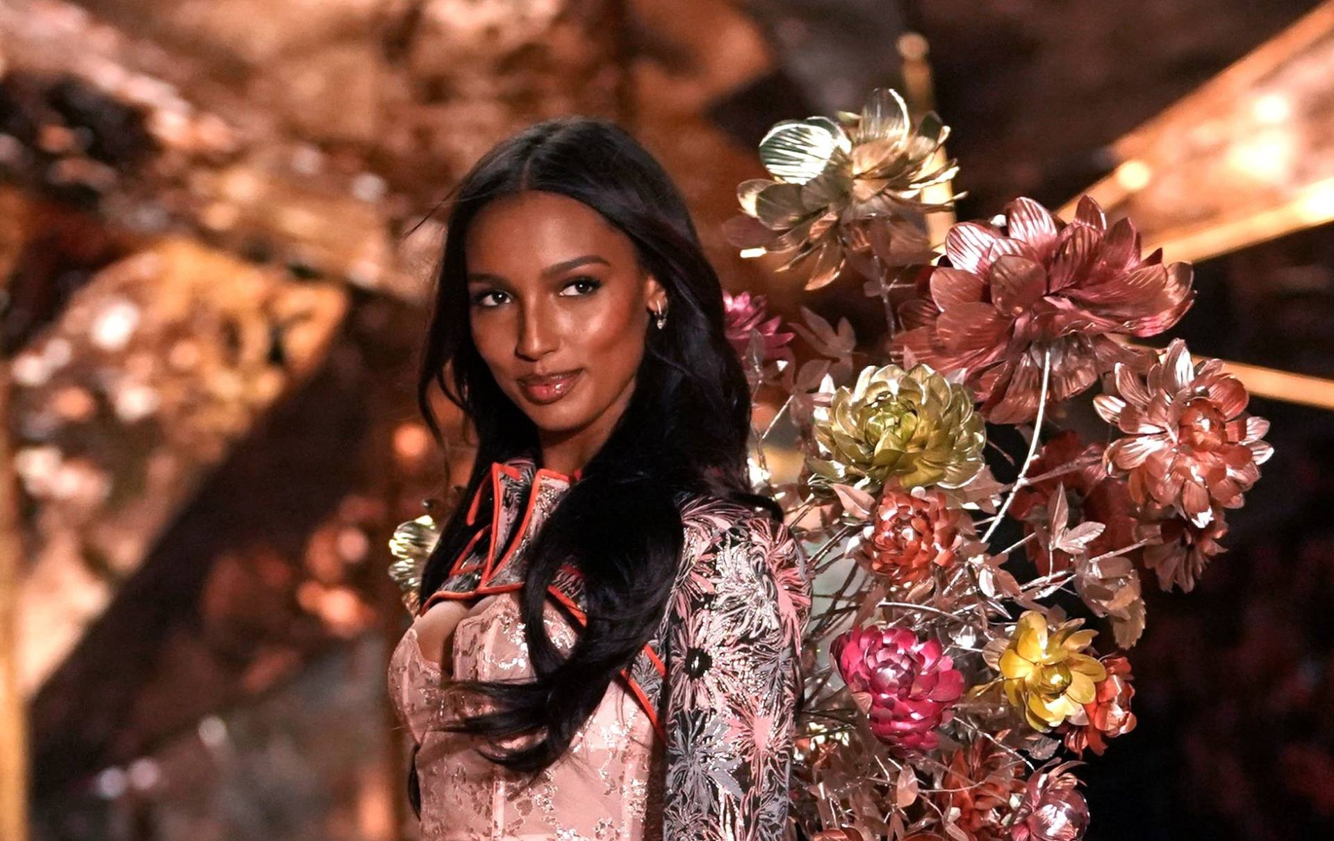 Victoria's Secret finally called it quits this year and cancelled its annual runway show.