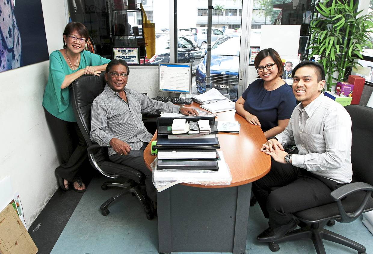 With no prior knowledge to printing whatsoever, the family has come a long way since 30 years ago and today have successfully grown their brand into a thriving and flourishing one-stop printing service provider in Kuala Lumpur.