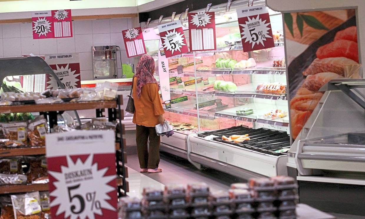 Section 14 residents are sad to see their neighbourhood supermarket, Cold Storage, closing down.
