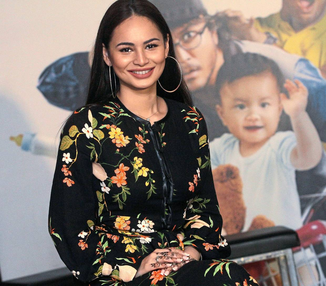ombak rindu star due to give birth in the star online