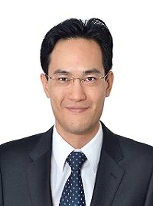Andrew San