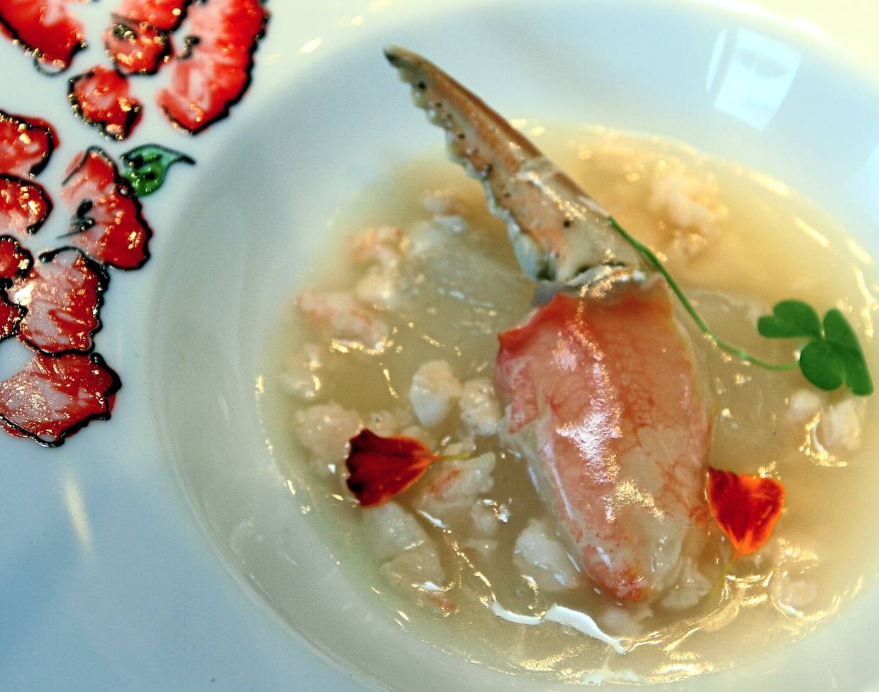 Braised Imperial Bird's Nest, Whole Crab Claw, Minced Prawns Soup from Yen's a la carte menu.