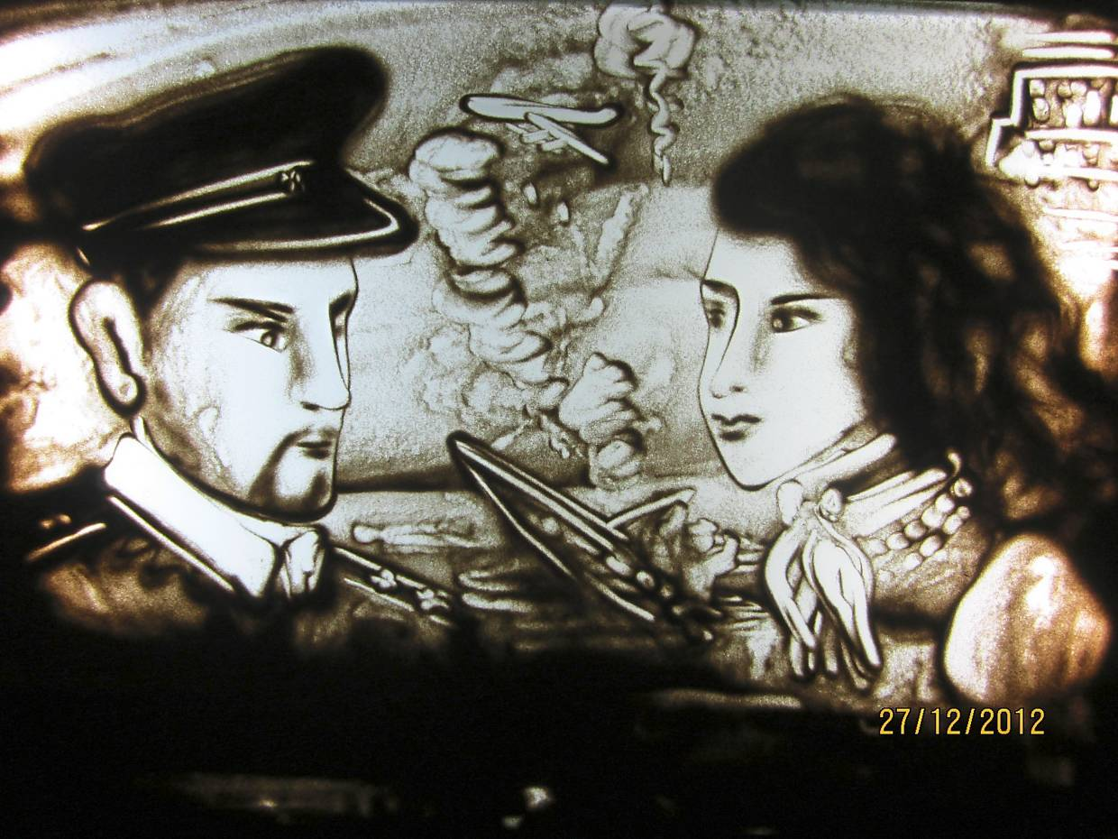 A piece depicting the two main characters in the movie 'Pearl Harbor'. Photo: Loong Bee
