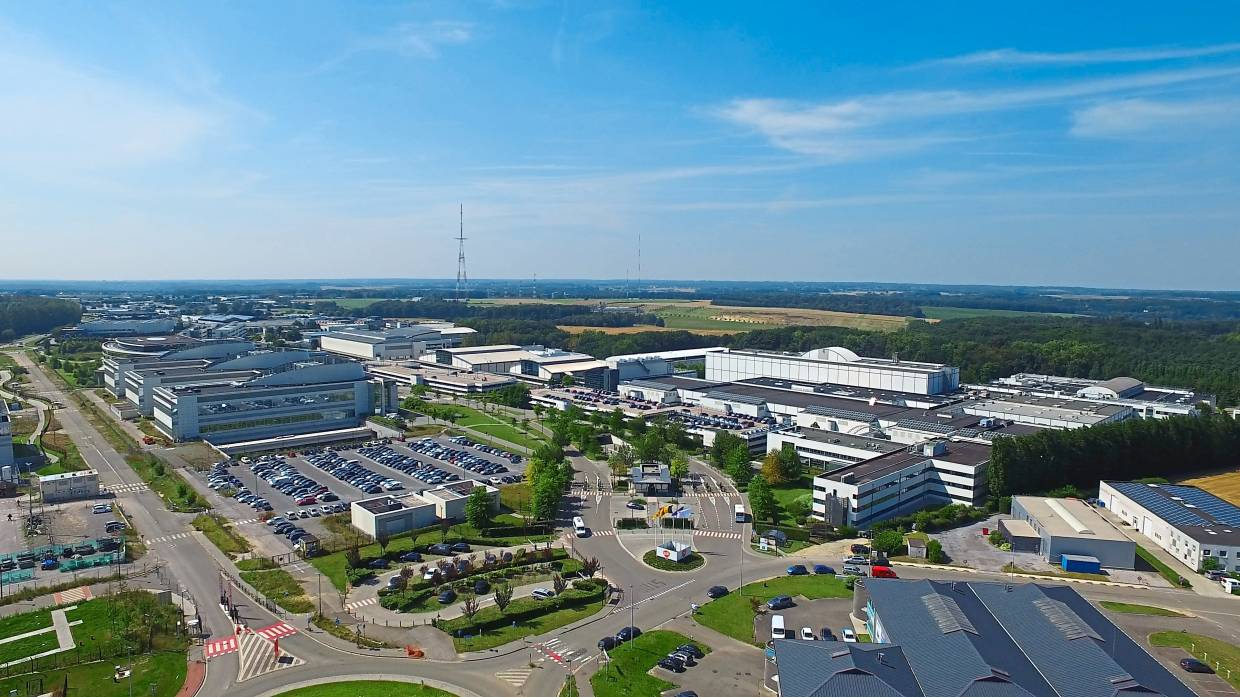 The world's largest vaccine manufacturing site at Wavre, Belgium, has a surface area equivalent to 70 football fields.