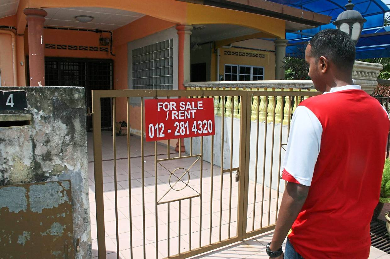Tough market: It is advisable to 'go all out' when selling one's house if the market is challenging.