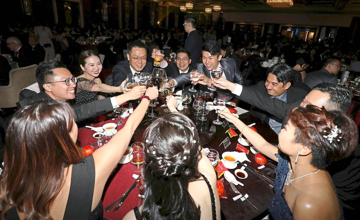 Digi's team raising a glass in salute to the deserving SMEs.
