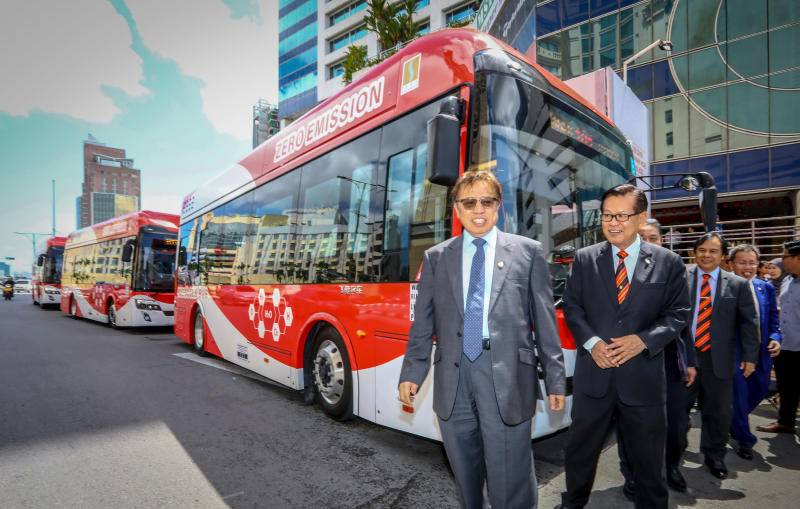Chinese-made buses boost green public transport in Sarawak