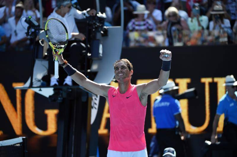 Nadal in the pink as Sharapova hits all-time low at Australian Open