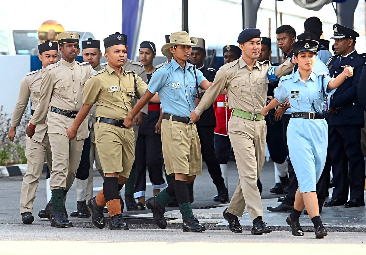 An interesting parade of uniforms worn by the local police personnel through the decades.