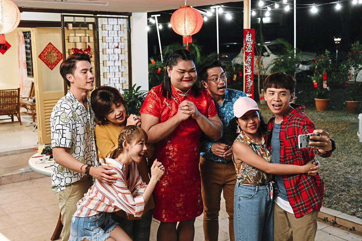 The cast of A Moment Of Happiness (from left): Tul Pakorn, Mimi Chu, Lim, Happy Polla, Chan Fong, Thian Siew Kim, Danny One.