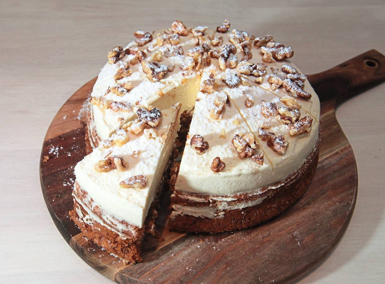 The carrot cake is a very good version of this classic cake.