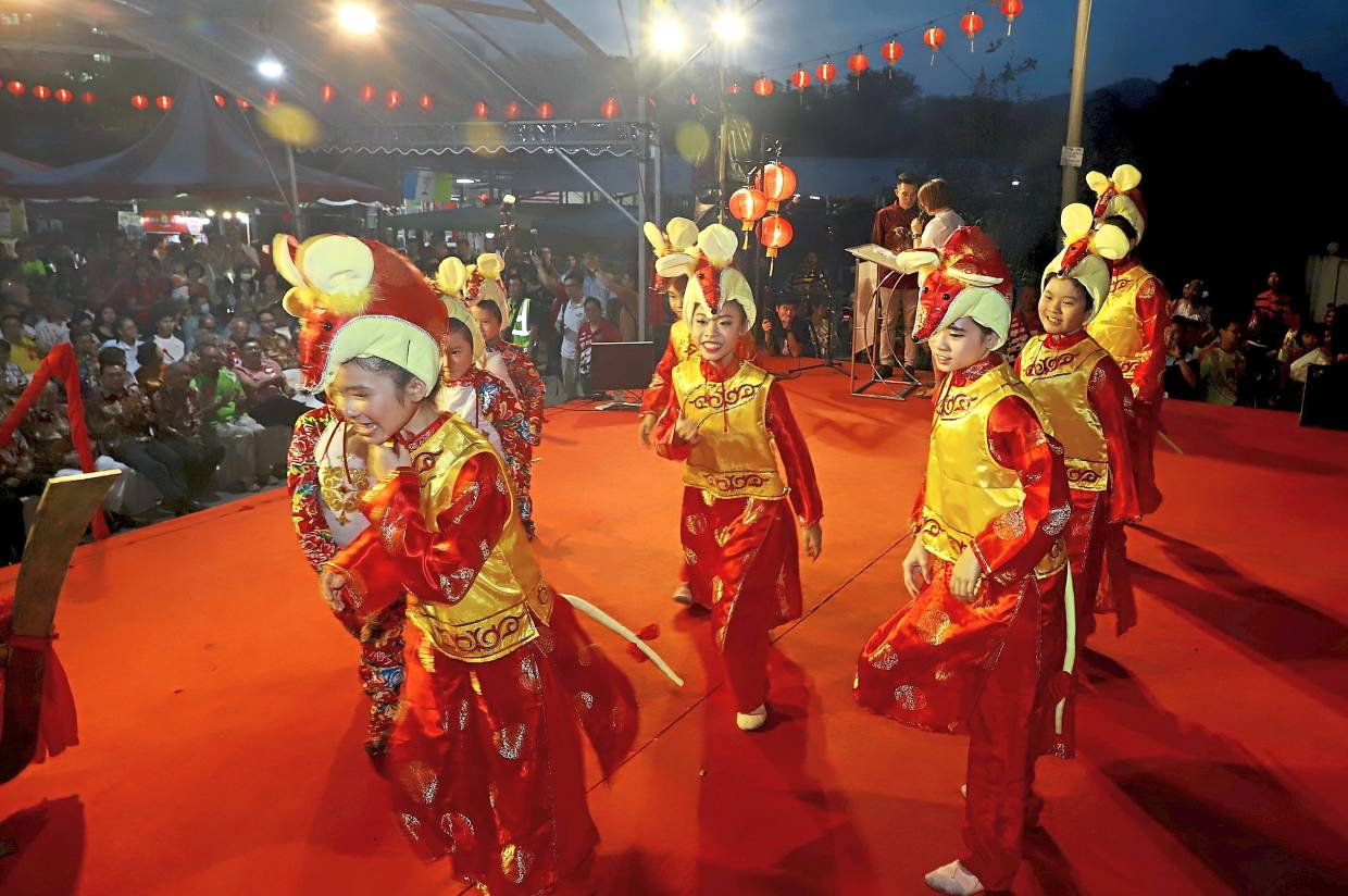 Young dancers ushering in the Year of the Rat.