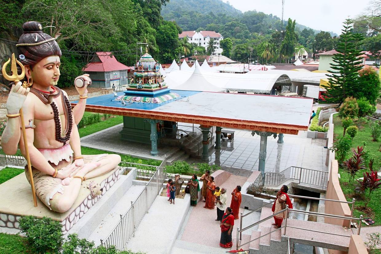 The Hindu temple complex is one of the largest Lord Murugan temples outside of India.