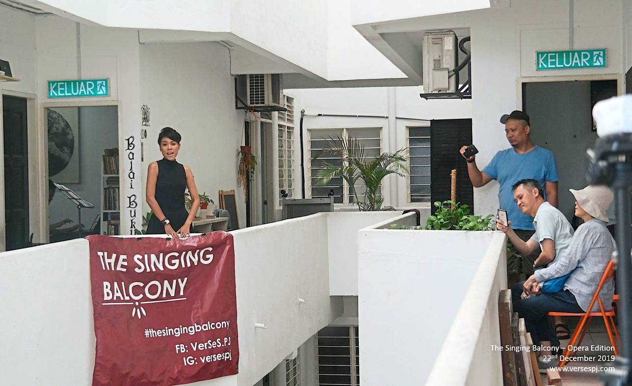 The Singing Balcony series at the Zhongshan building has made opera works more accessible for the masses. Photo: Verses