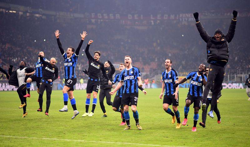 Football Inter Top Serie A Following Stunning Comeback Win Over Ac Milan The Star