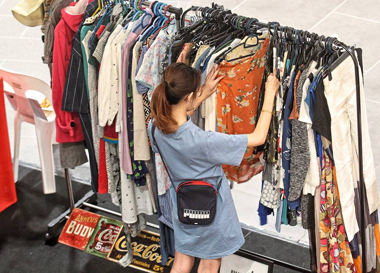 Tukar Tangan events allow shoppers to move towards sustainable shopping.
