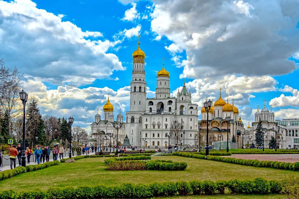 Cathedral Square is located in the heart of the Kremlin grounds. — Press Office of Moscow City Tourism Committee
