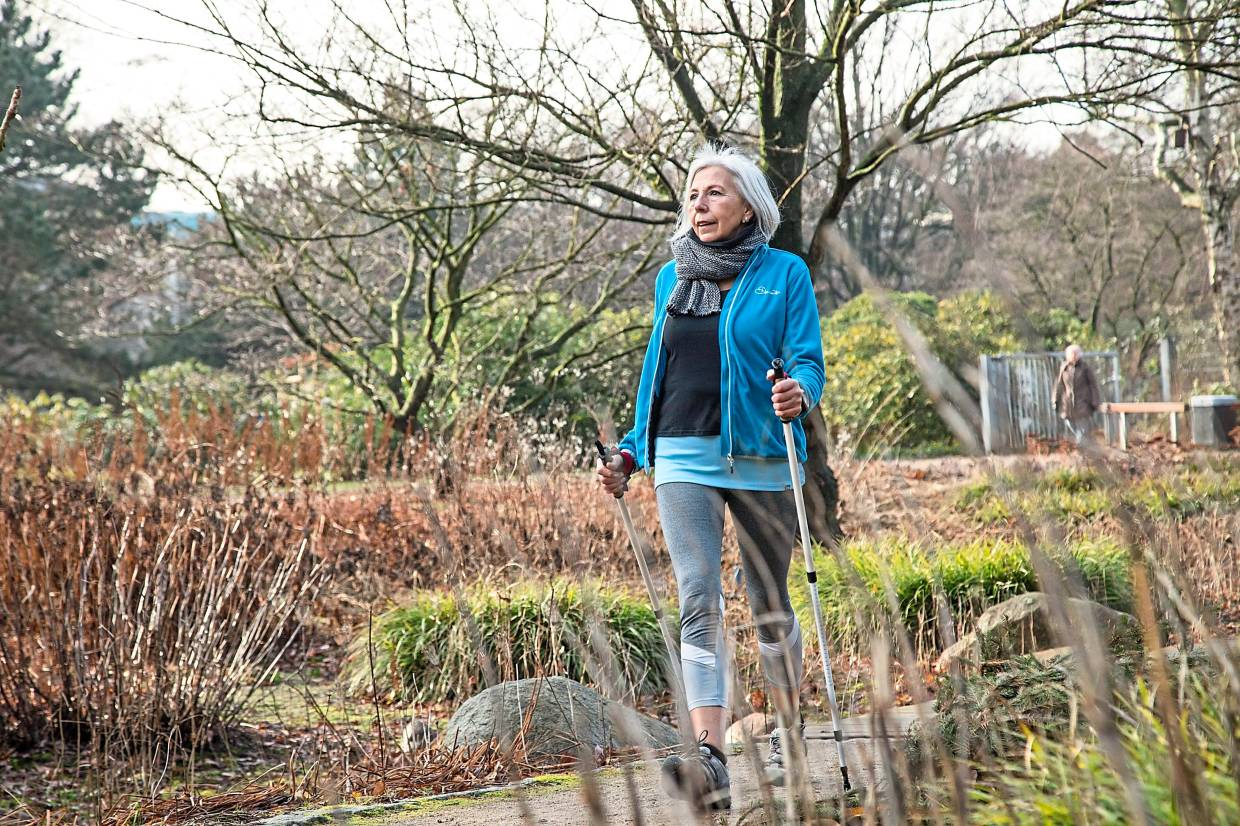 Nordic Walking is well suited for people with joint problems.