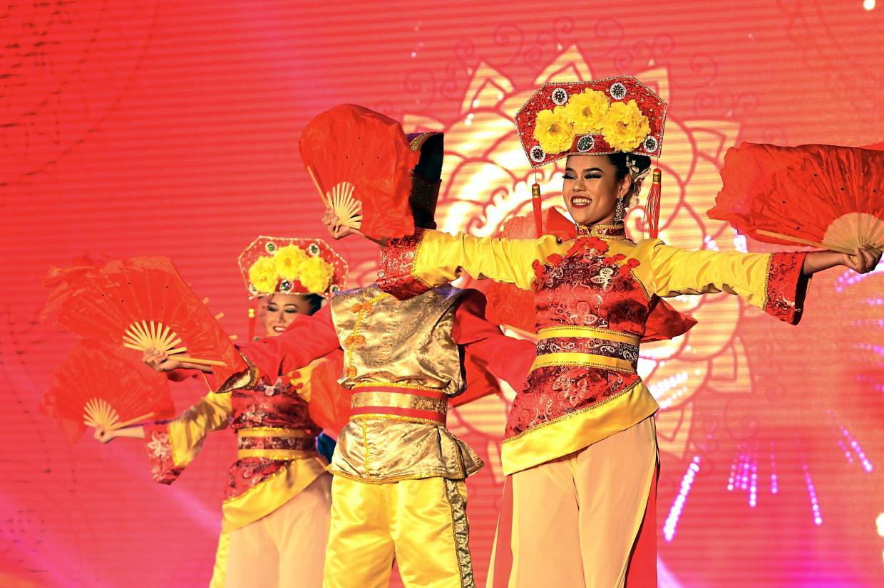 A Chinese traditional dance performance, one of many staged at the park.