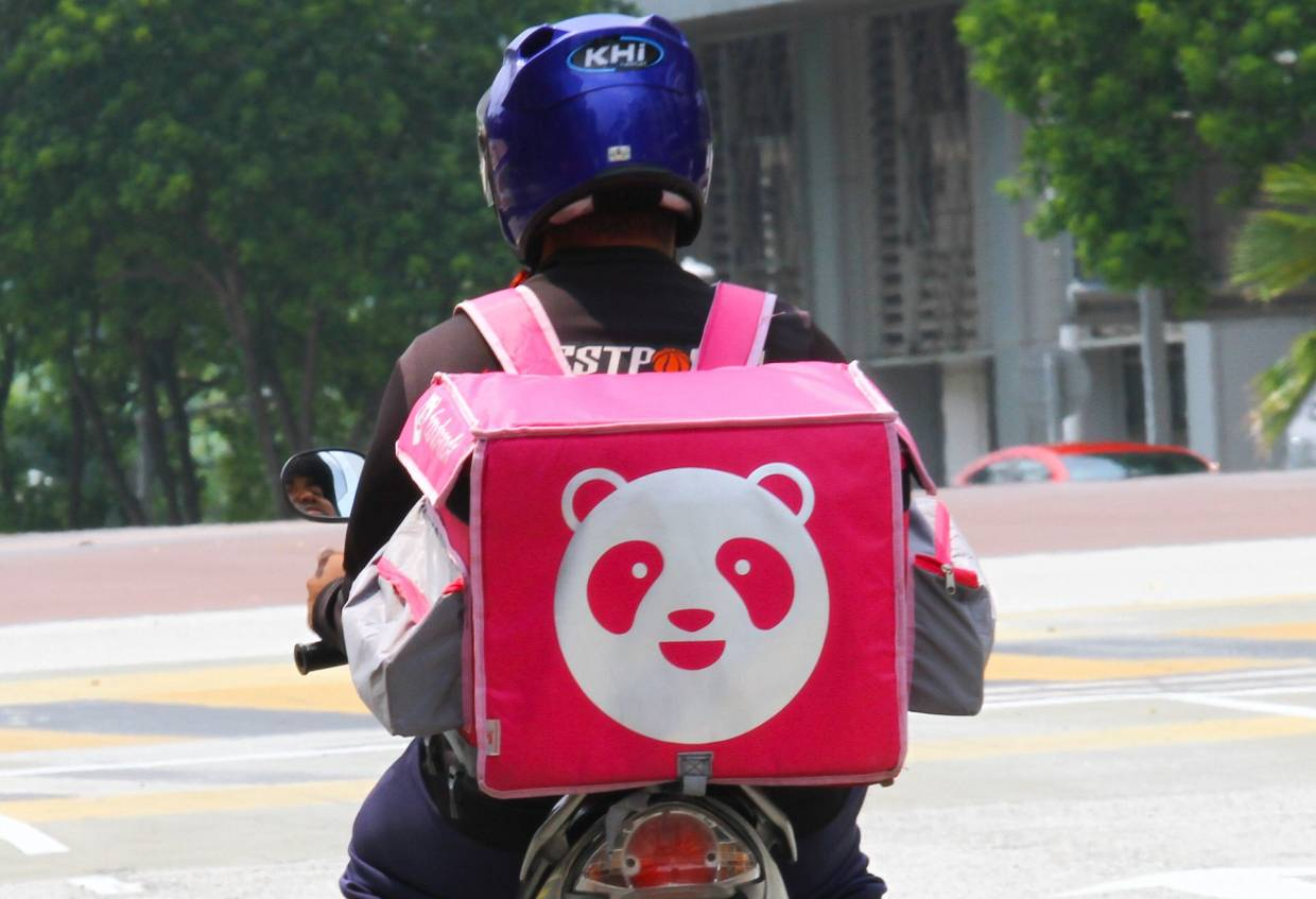 Foodpanda delivery rider dies in collision | The Star Online