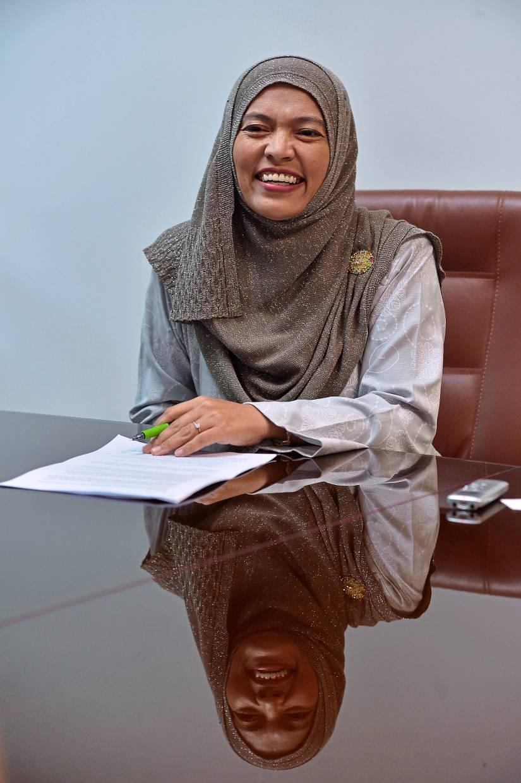 Dr Zuwati Hasim