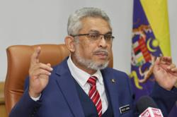 Give Anwar a chance to prove he has enough support to become 8th PM, says Khalid Samad