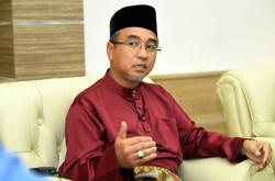 Adly meets Melaka Yang di-Pertua Negeri