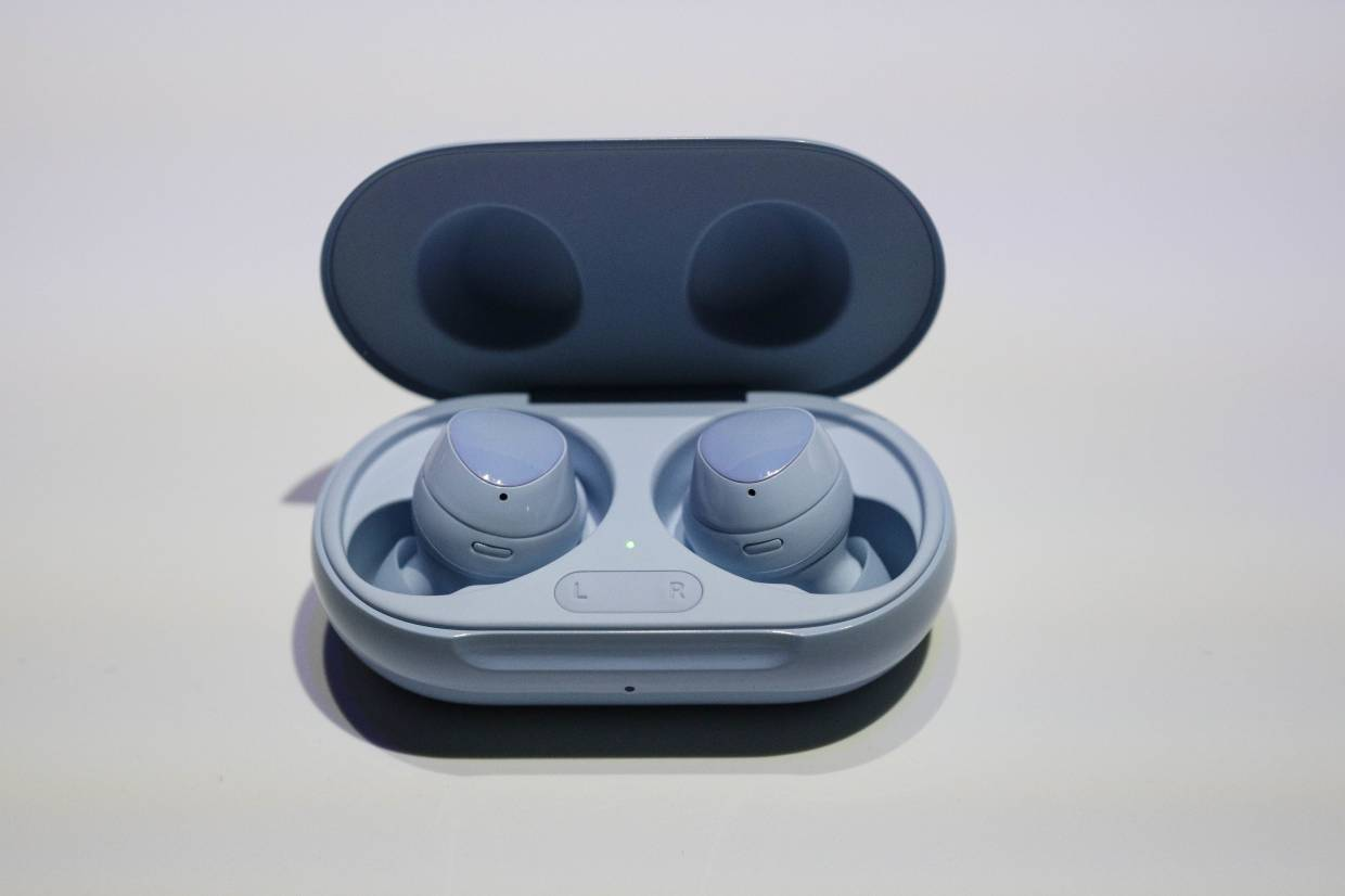 Samsung S Wireless Earbuds Galaxy Buds Now Available For Rm599 The Star