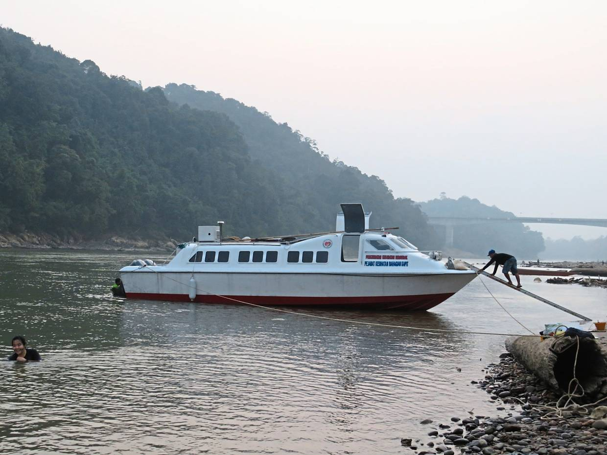 The Health Ministry boat that transported Prof Watson and the local healthcare team from Kapit to Mujong and to the longhouses where the team ran the monthly mobile health clinics.