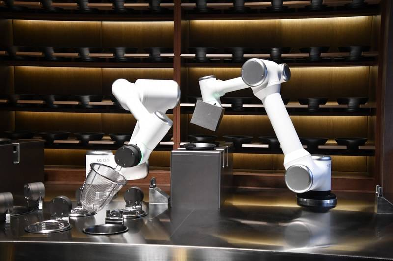 There were a number of high-tech robotic arms that showed off their culinary and hospitality skills at the CES tech fair in Las Vegas. — dpa