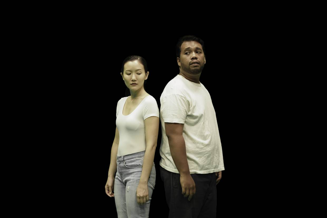 Grace Ng and Ashraf Modee Zain star in Anomalist Production's staging of 'Bukan Bunuh Diri'. Photo: Ammirul Aiman