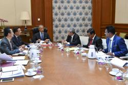 PM gets briefing on economy, Covid-19