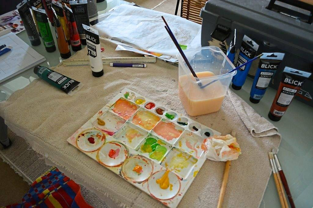 Marcia Peck watered down acrylic paints and treated them more like watercolours.