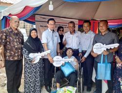 Families from B40 group receive keys to new home