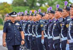Sarawak cops to 'go to the ground'