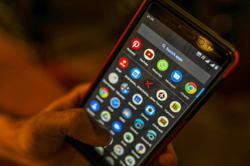 Skype and WhatsApp ban under fire as U.A.E. extends virus curbs