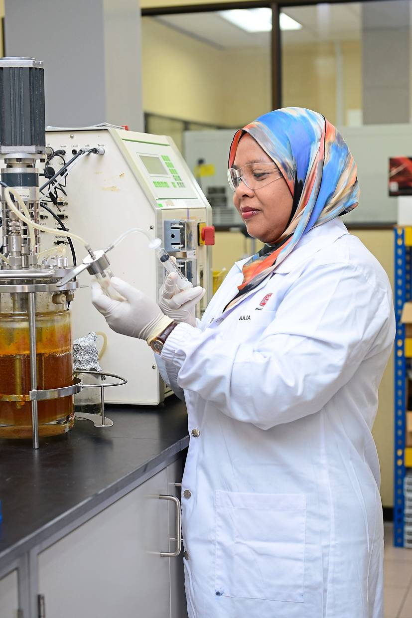 Julia encourages women interested in the field of microbiology to pursue Masters. — Sime Darby