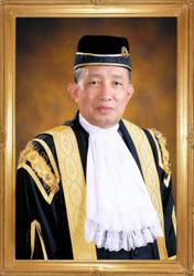 Idrus Harun is new Attorney General, replaces Tommy Thomas