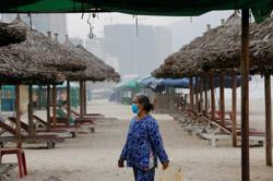 Vietnam culls over 137,000 poultry to contain bird flu