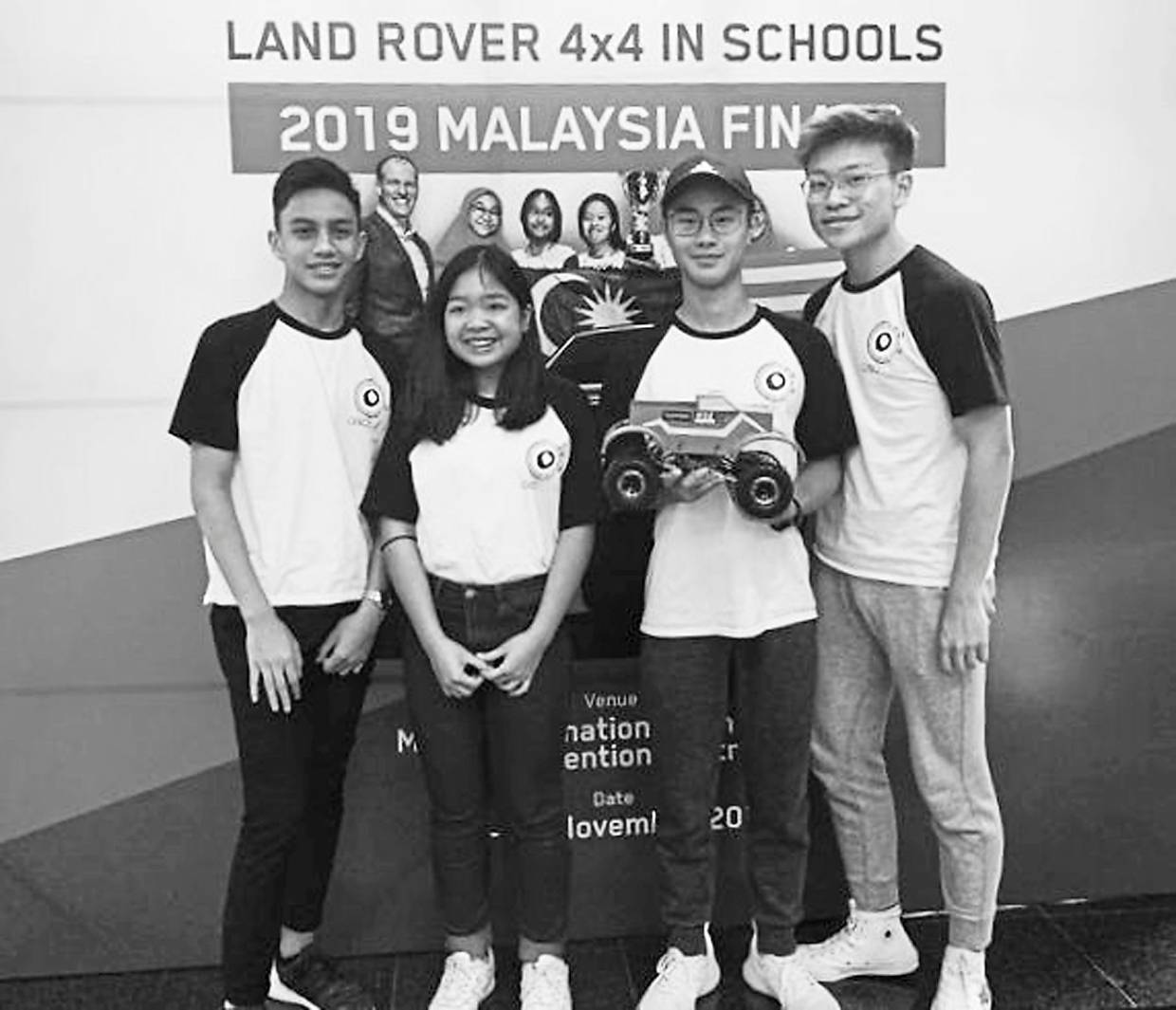 KTJ students took part in the Land Rover 4x4 Schools Challenge which required participants to design and build a radio controlled 4x4 vehicle.