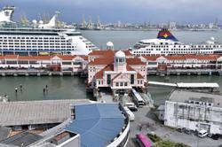 Malaysia bans cruise ships