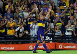 Boca pip River to Argentine title with late Tevez screamer