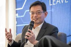 Singapore govt plans second stimulus package