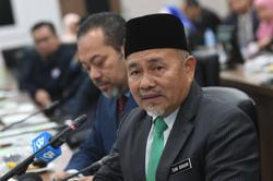 Tuan Ibrahim: 150 containers of plastic waste shipped back, 84 more to go